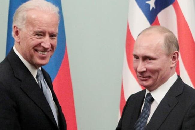 Joe Biden dan Vladimir Putin. (Ist)