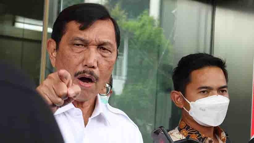 Menteri Koordinator bidang Kemaritiman dan Investasi Luhut Binsar Panjaitan, bukan saatnya mengambil kesempatan pribadi