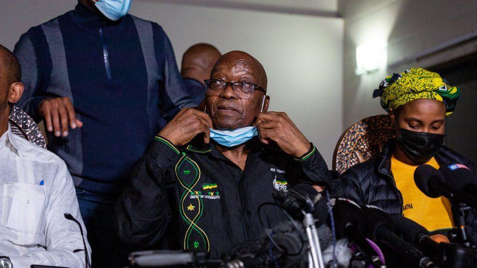 Mantan Presiden Afrika Selatan Jacob Zuma dijatuhi hukuman 15 bulan
