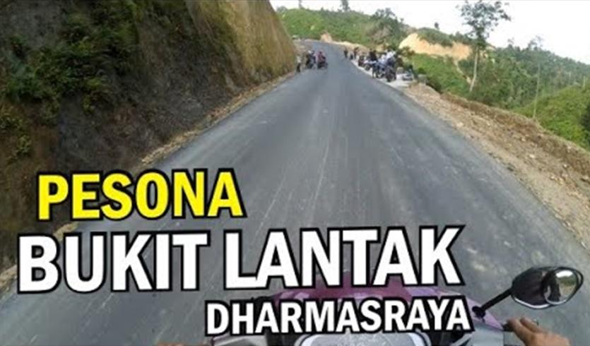 Panorama Bukik Lantak, salah satu obyek wisata andalan Kabupaten Dharmasraya, Sumatera Barat. (Ist).