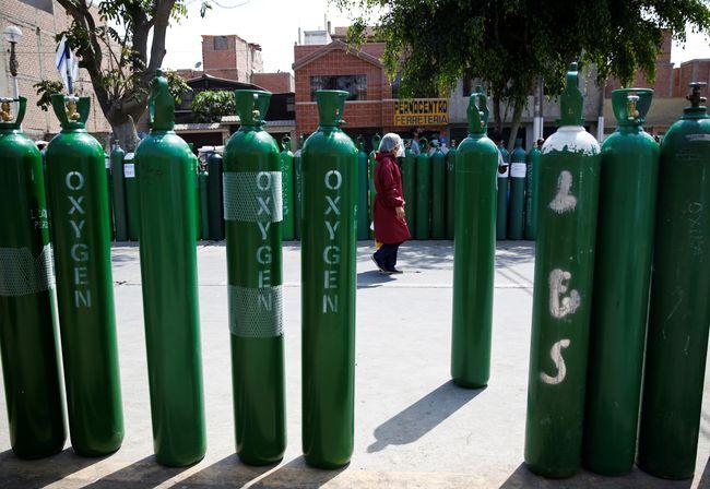 Tabung oksigen yang dikirim ke India pada Mei lalu. (Ist).