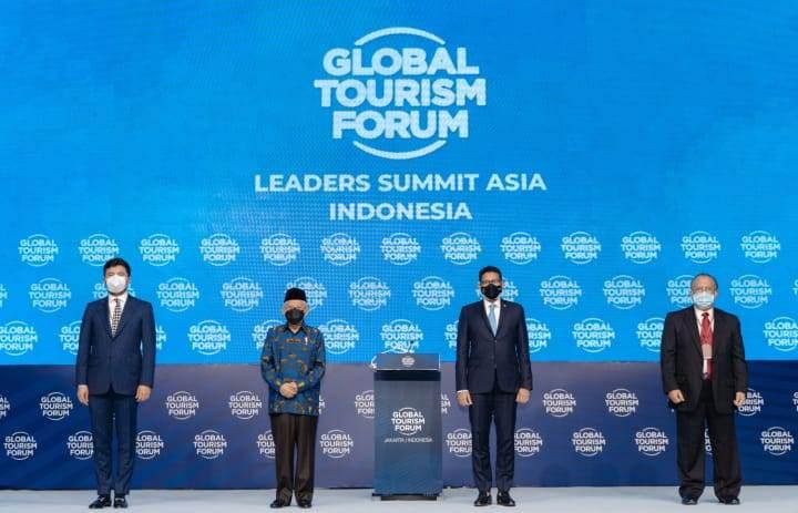 Menparekraf Sandiaga Uno mengajak President World Tourism Forum Institute Bukut Bagci untuk meningkatkan kolaborasi dengan para pemimpin negara Asean dalam mempersiapkan pembukaan kembali pariwisata